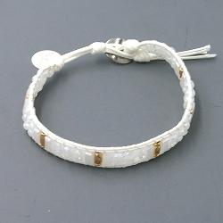 Armband plat geweven met waxkoord en kraaltjes