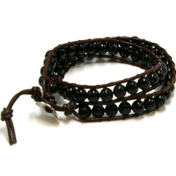 Armband wrap met zwart facet agaat en natuurleer