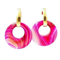 Oorbellen halfedelsteen hanger rond agaat roze met stainless steel creolen goud