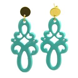 Oorbellen buffelhoorn ornament lang turquoise lacquer met gouden knop