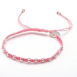 Armband macramee roze met verzilverden balletjes
