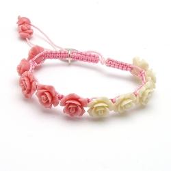 Armband macramee met resin roosjes roze-champagne