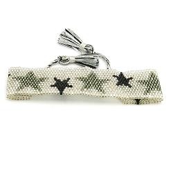 Armband plat geweven mijuki kraaltjes zilver met zwarte sterren