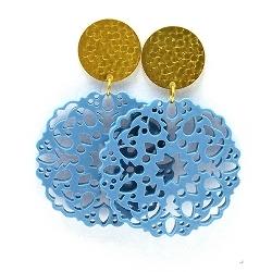 Oorbellen schelphars bloem lichtblauw