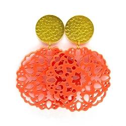 Oorbellen schelphars bloem koraal